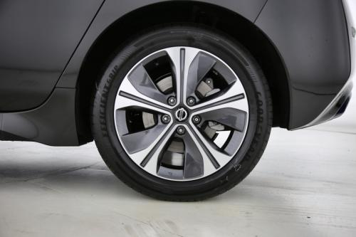 NISSAN LEAF 40 KWH | Tekna | 2-Tone | Leather-Alcantara | Bose | Apple Car Play | Lane Keep Assist | Blind Spot Warning | DAB+