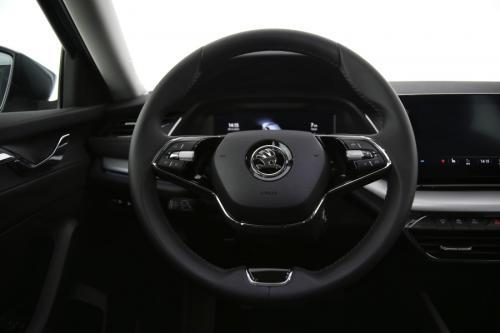 SKODA Octavia Style | Matrix LED | Rear View Camera | ACC | PDC | Sunset | DAB | Lane Assist | Heated Windscreen | Heated Seats | KESSY
