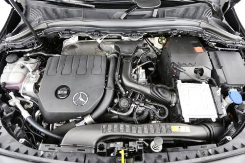 MERCEDES-BENZ B 180 B180 Progressive Line | Automatic | Petrol | Artico | Navigation | Apple Car Play | Tow Bar | Electric Tailgate | Back Up Camera | Cruise Control | Blind Spot Detection | Lane Departure Warning